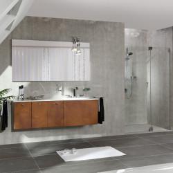 salle de bain avec mur en beton composite